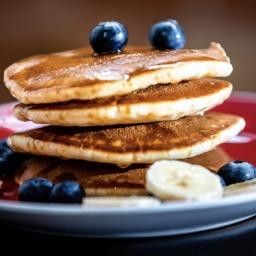 Banana & Cinnamon Pancakes